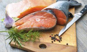 Αρθρίτιδα: 9 τροφές που ανακουφίζουν τον πόνο