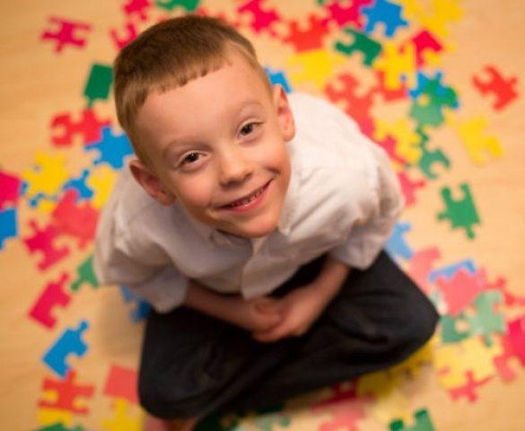 Το παιδί μου έχει αυτισμό, τι μπορώ να κάνω;